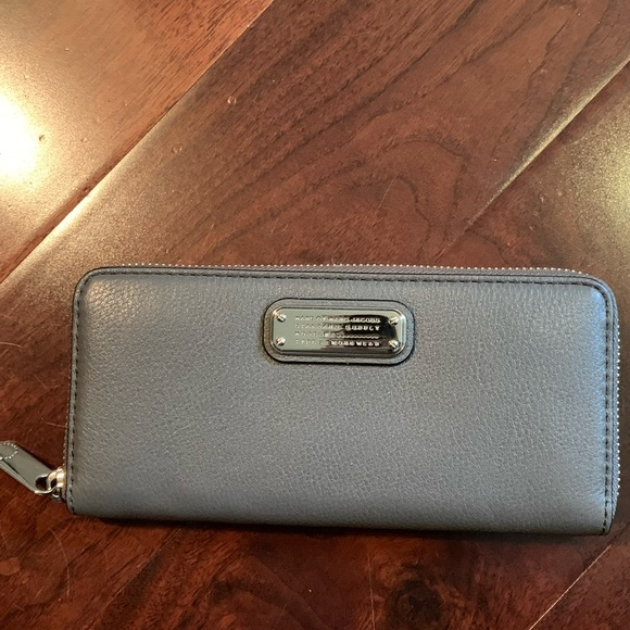 Marc By Marc Jacobs Handbags - BNWT Marc by Marc Jacobs Grey Zip Around Wallet